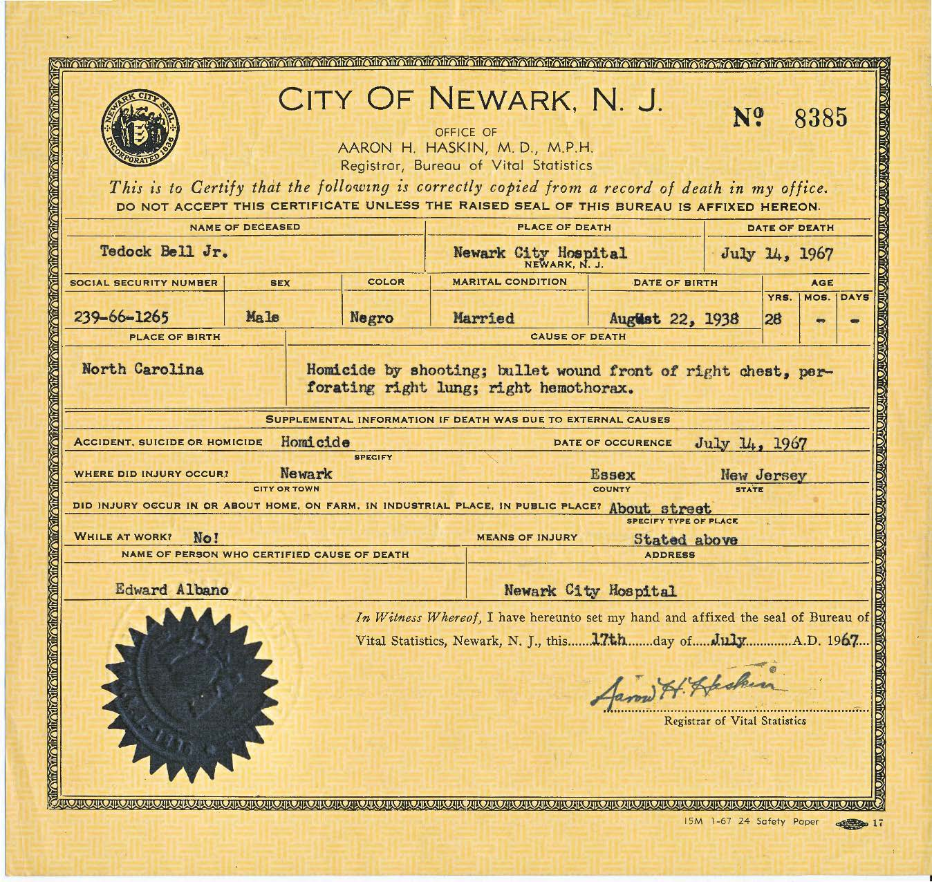 Tedock bell the north newark death certificate of tedock bell attributing the cause of his death to homicide by shooting bullet wound front of right chest junius williams papers aiddatafo Image collections